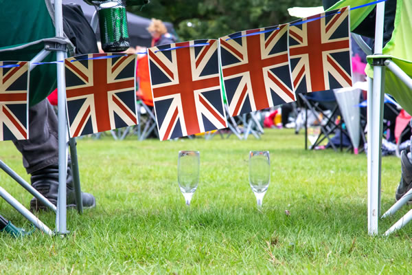 Proms and Prosecco at Chetwynd Deer Park